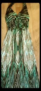 SHORELINE WOMEMS MAXI DRESS NEW WITH TAG SIZE S/M